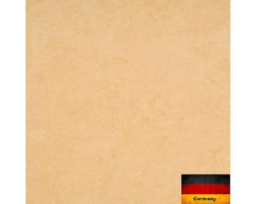Линолеум натуральный Armstrong Marmorette 121-098 desert beige