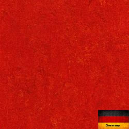 Линолеум натуральный Armstrong Marmorette 121-118 Chili Red